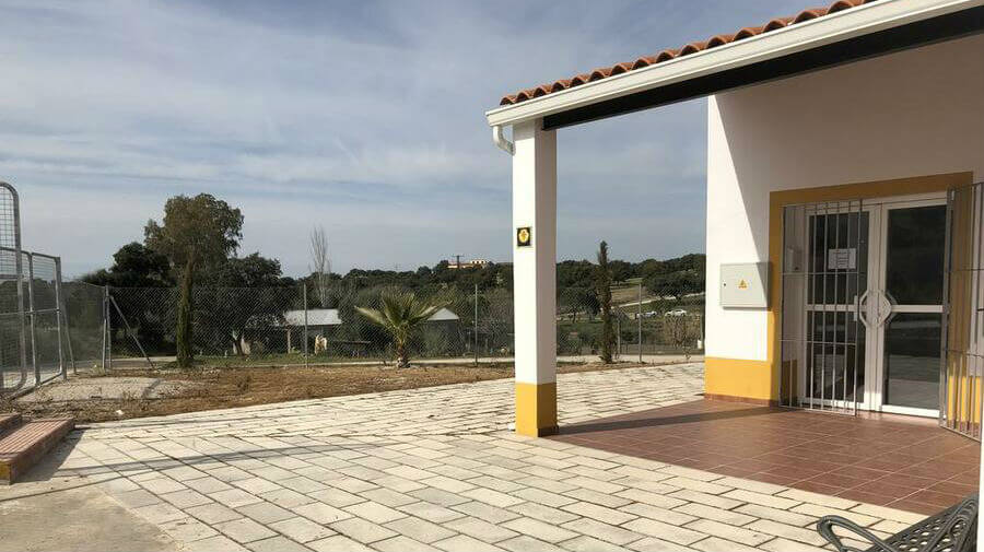 Albergue municipal de El Carrascalejo, Badajoz - Vía de la Plata :: Albergues del Camino de Santiago
