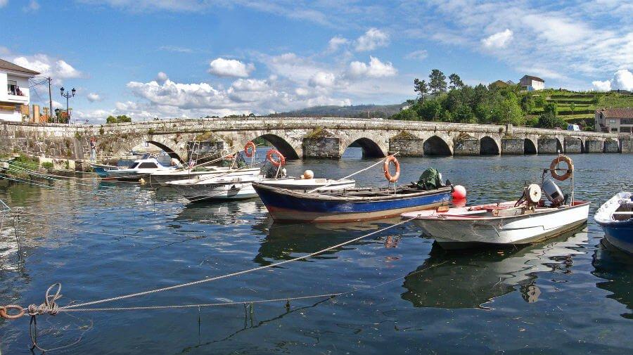 Puente de Pontesampaio, Camino Portugués :: Guía del Camino de Santiago