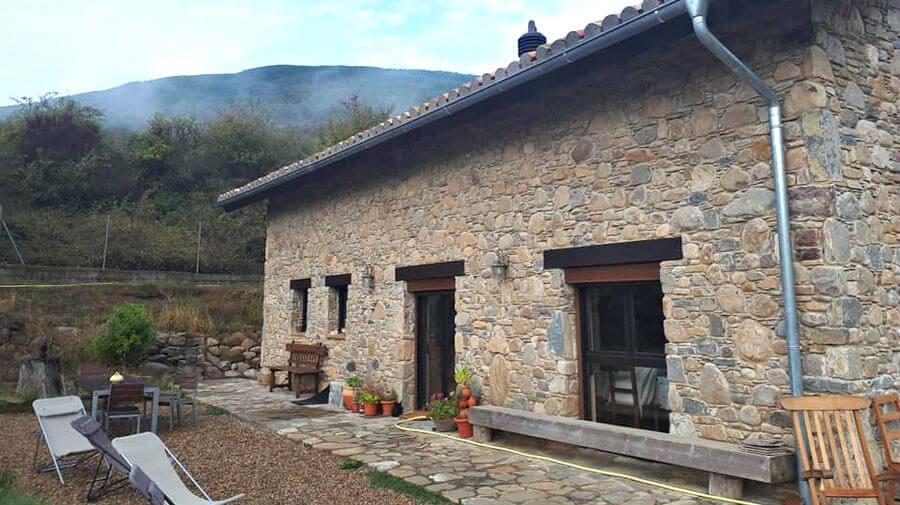 Albergue A'noguera, Castiello de Jaca (Huesca) - Camino Aragonés :: Albergues del Camino de Santiago