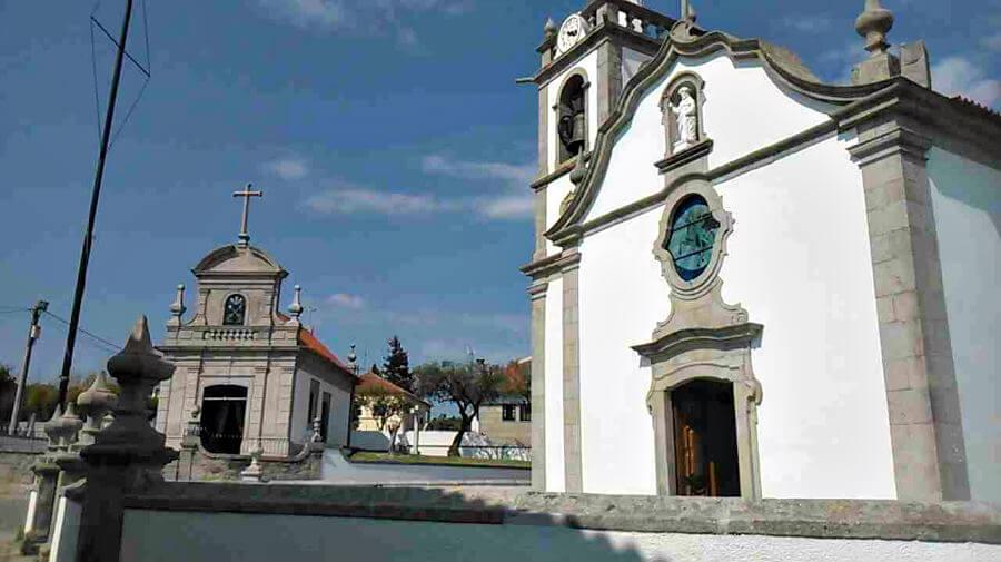 Iglesia parroquial de São Tiago y capilla neoclásica de Vila Nova de Anha, Portugal :: Guía del Camino de Santiago