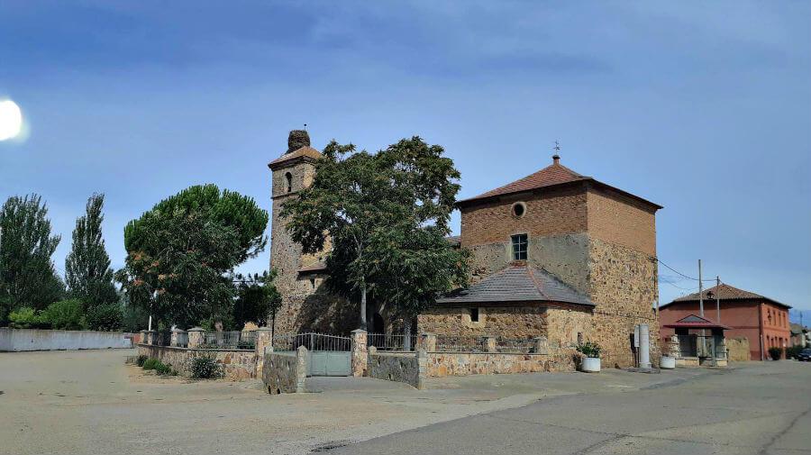 Iglesia de Santa María Magdalena, Villabrázaro, Zamora - Vía de la Plata :: Guía del Camino de Santiago