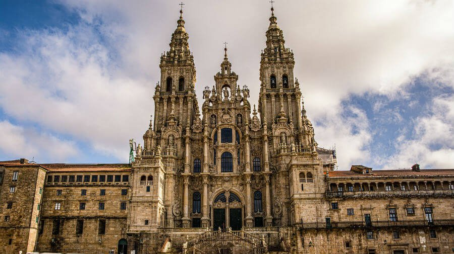 Vista general de la Catedral de Santiago de Compostela :: Guía del Camino de Santiago